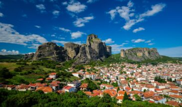 One day from Athens by train to Meteora